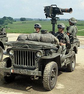 Voir la galerie jeep-et-l-AF